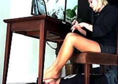 IT GUY GETS FOR.ED TO SMELL PANTYHOSED FEET IN TRAP BY TAYLOR RAZ