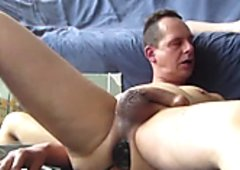 Popperstraining and buttplugged cum shot