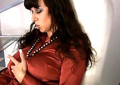 BOOTY wiggle ass pantyhose secretary MILF