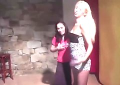 Beauty blonde teaches her friend
