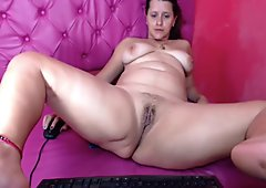 Thick Mature Latina Webcam