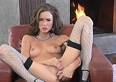 Alluring babe Malena Morgan toys her throbbing slit