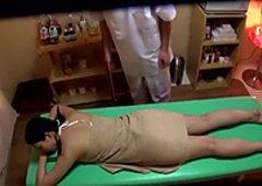 Imai Natsumi, Mio Kitagawa in Married Aromatherapy Massage part 2