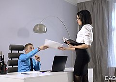 Petite office girl Sheri V spreads pussy across the desk