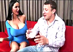 Amy Anderssen pulls out huge her tits and sucks his dong