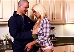 Puma Swede Gets huge Facial on Glasses from Plumber!