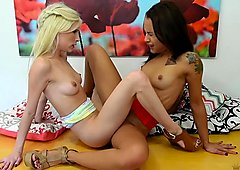 Holly Hendrix eats out Piper Perri in hot lesbo fun