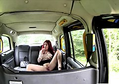 Amateur redhead railed by horny driver in the backseat