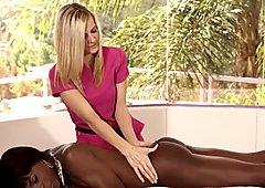 Chocolate and Vanilla Pussy Licking 3Way