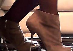 I sell my very HOT calendar amateursexy upskirt & high heels