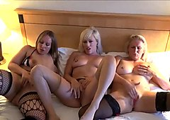 Mature lesbian voyeur girls fingering and pussy pleasuring on spycam with milf bbw and blonde girlfriends in bed