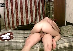 Sucking a dick is the best delight for voracious nympho Ida