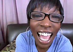 Four eyed ebony bitch Taylor Starr gets her black poon fingered