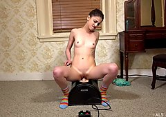 now I am fuck up by my sybian