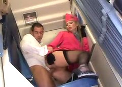 Amazing stewardess helps this guy to join mile high club